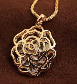 Women-Gold-Hollow-Rose-Flower-Crystal-Rhinestone-Pendant_002